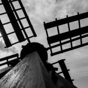 black-windmill-1209-1267-de-deelen
